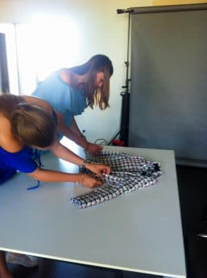 Studenten von der AMD stylen Fashion Flatlays